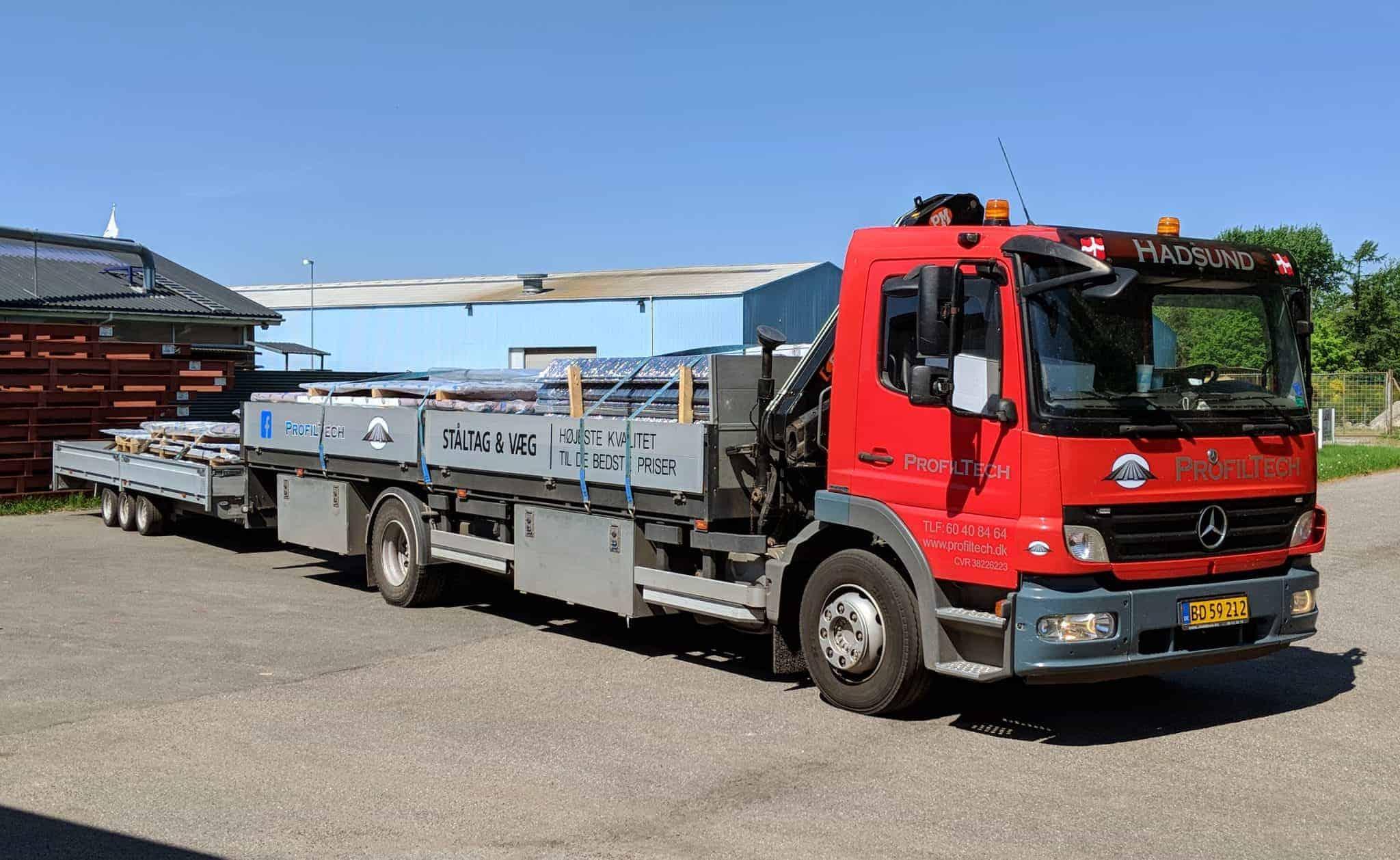 Lastbil med læs